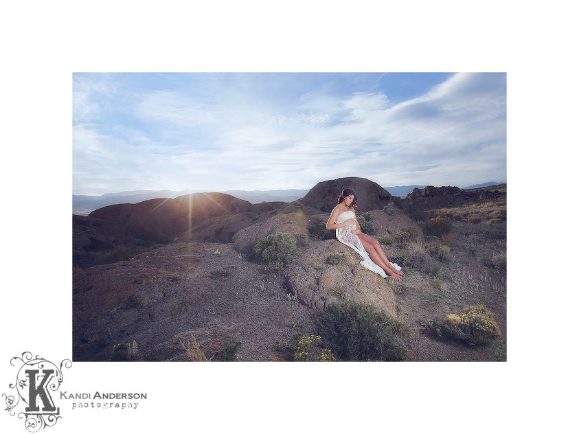 maternity photos in the high desert