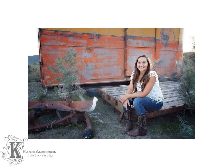 Senior girl photo session | Mountain high school, Senior
